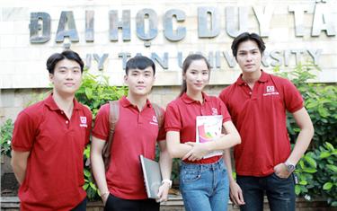 """Tân Kỹ sư ngành Kỹ thuật Phần mềm và An toàn Thông tin ở Đại học Duy Tân được nhiều doanh nghiệp """"săn đón"""""""