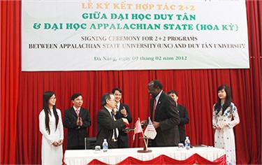 Điểm sáng trong Đào tạo Du học tại Đại học Duy Tân