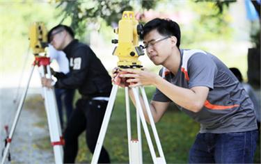 Học Xây dựng tại Đại học Duy Tân để trở thành những Kỹ sư tài năng