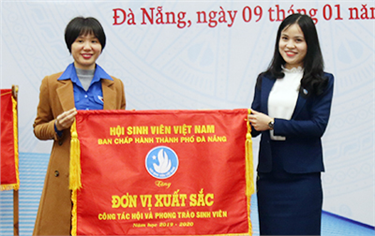 DTU commemorates the 71st Anniversary of Vietnamese Students' Day with Scholarships
