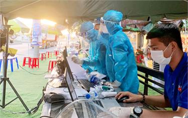 Sinh viên Đại học Duy Tân Đồng hành cùng Tp. Đà Nẵng Chống dịch COVID-19