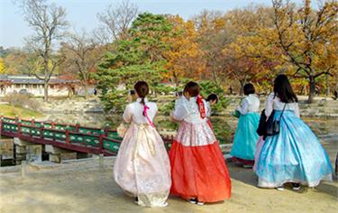 Chuyên ngành Hướng dẫn Du lịch Quốc tế (Tiếng Hàn)