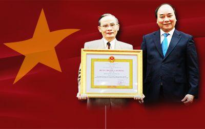 Đại học Duy Tân Vinh dự Đón nhận Huân chương Lao động hạng Nhì