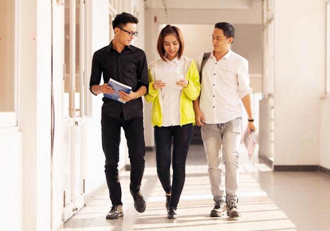 Những sải bước tự tin của sinh viên Duy Tân trên giảng đường đại học