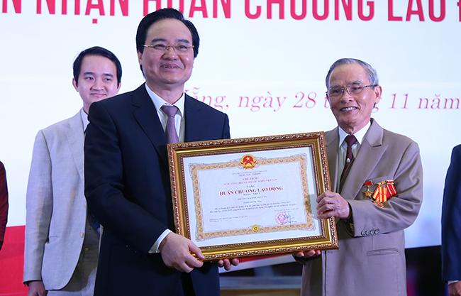 Đại học Duy Tân đạt các Huân chương Lao động hạng Nhất - Nhì