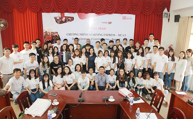 Cùng kết nối bạn bè trong khu vực ASEAN trong chương trình Learning Express