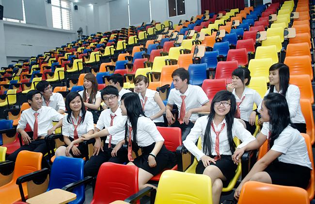 Đại học Duy Tân Tuyển sinh Đại học Chính quy ngành Ngân hàng 2019