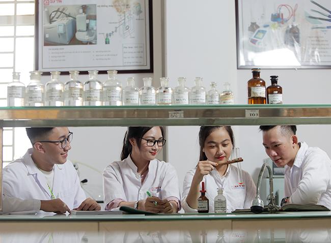 Kinh nghiệm cho Sinh viên học ngành Bác sĩ Đa khoa